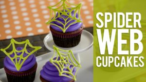 How to Make Candy Spider Web Halloween Cupcakes