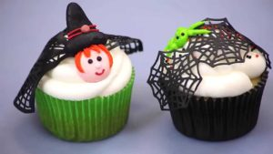 How To Make Simple Halloween Cupcakes